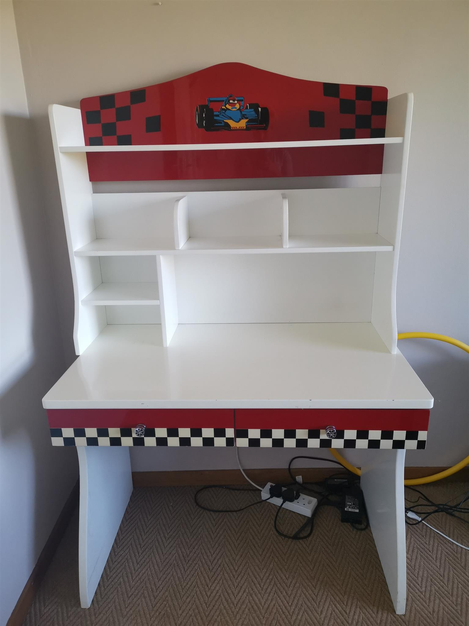 Kids Race car theme desk