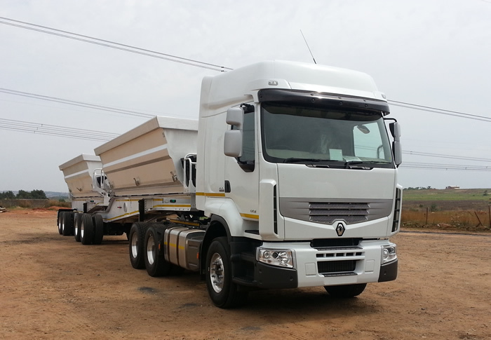 34 TON SIDE TIPPER FOR HIRE AT THE BEST PRICE AFFORDABLE AND RELIABLE