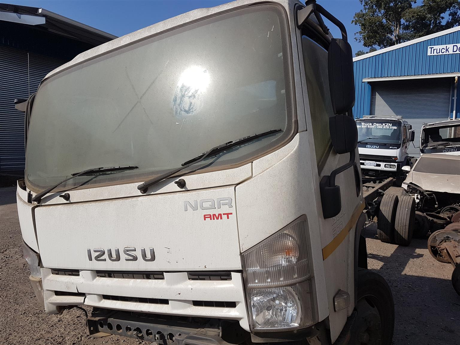 2015 ISUZU NQR 500 SMT - Smoother Truck - BREAKING  for parts .
