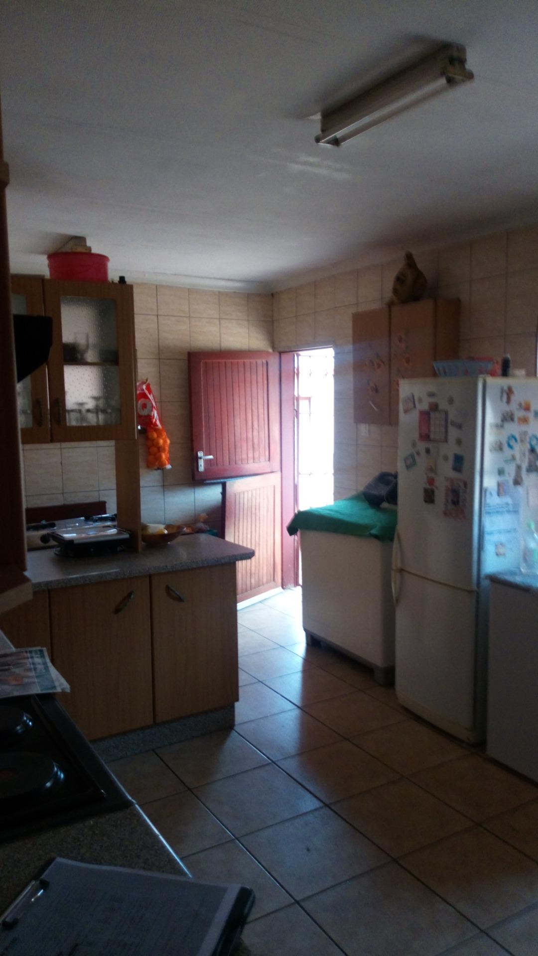 House For Sale in Vanderbijlpark CW 1