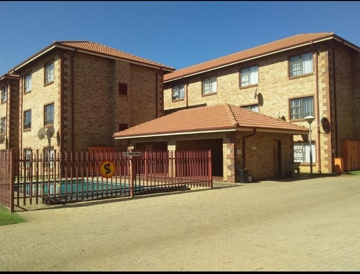 Apartment For Sale in Potchefstroom Central