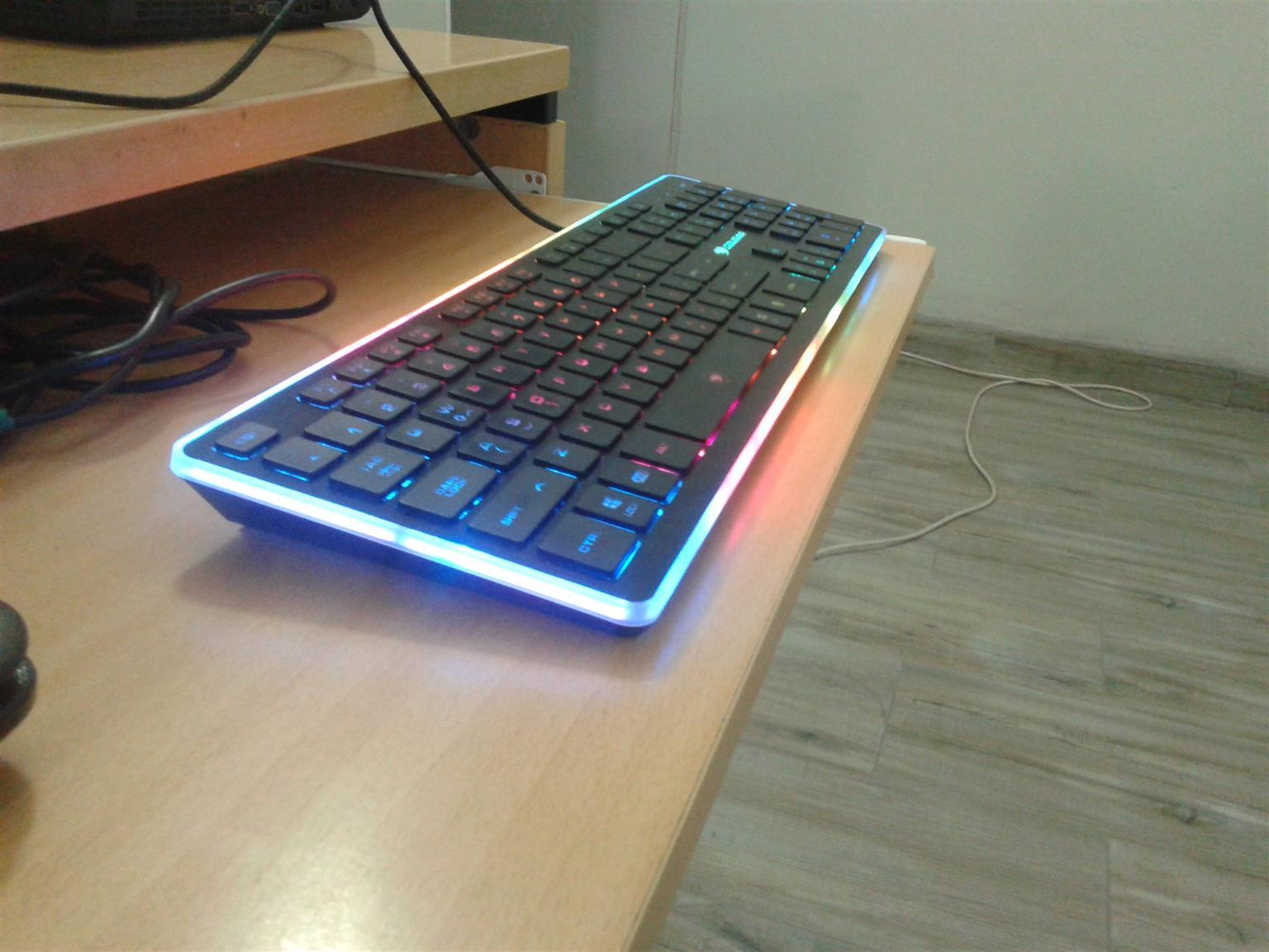 Cougar Vantar RGB gaming keyboard
