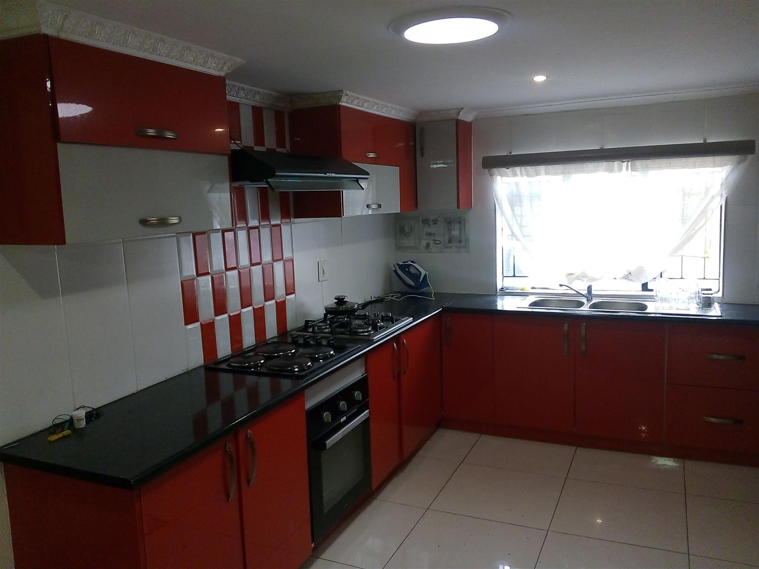 Urgently looking for someone to rent a 2bedroom cottage in Primrose,  04/07/2020
