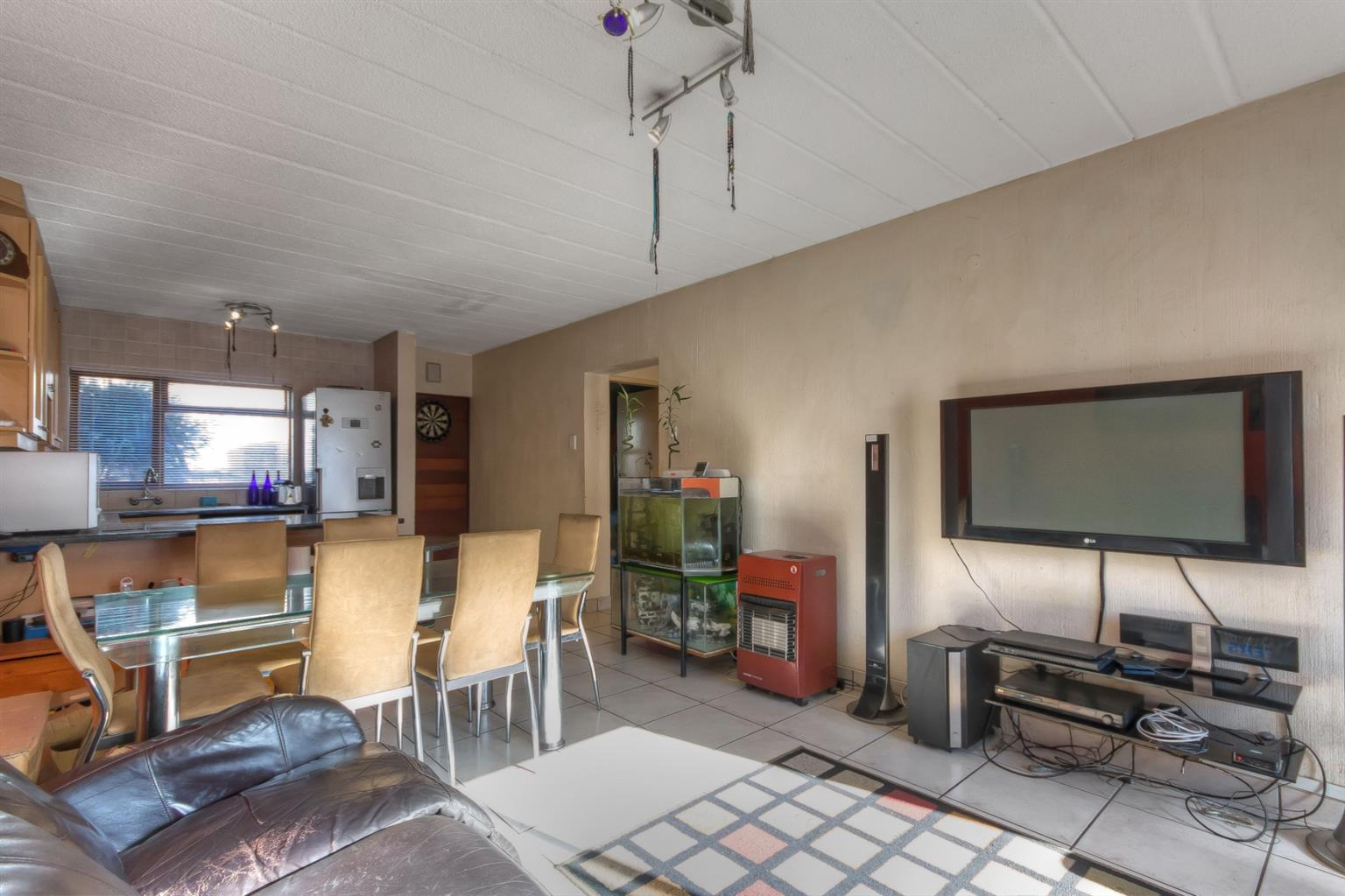 Apartment For Sale in Northcliff