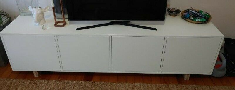 4 Door Wooden TV Unit  2000 x 500 x 550