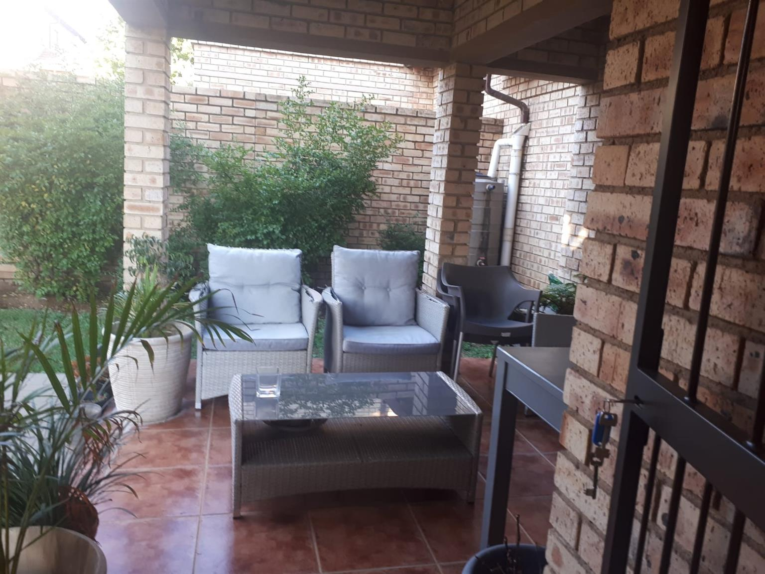 Cluster For Sale in Fourways