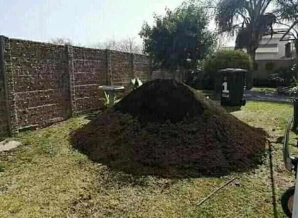 Garden compost mix