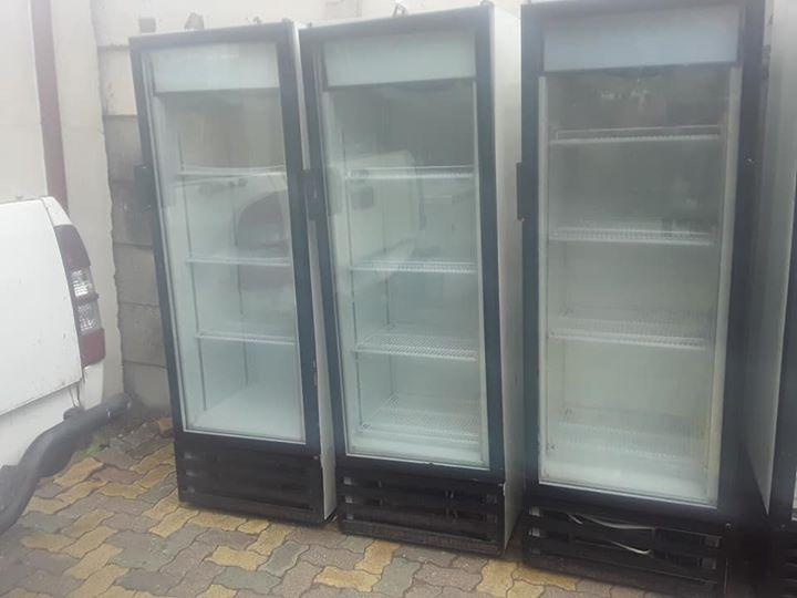 Single door display fridge