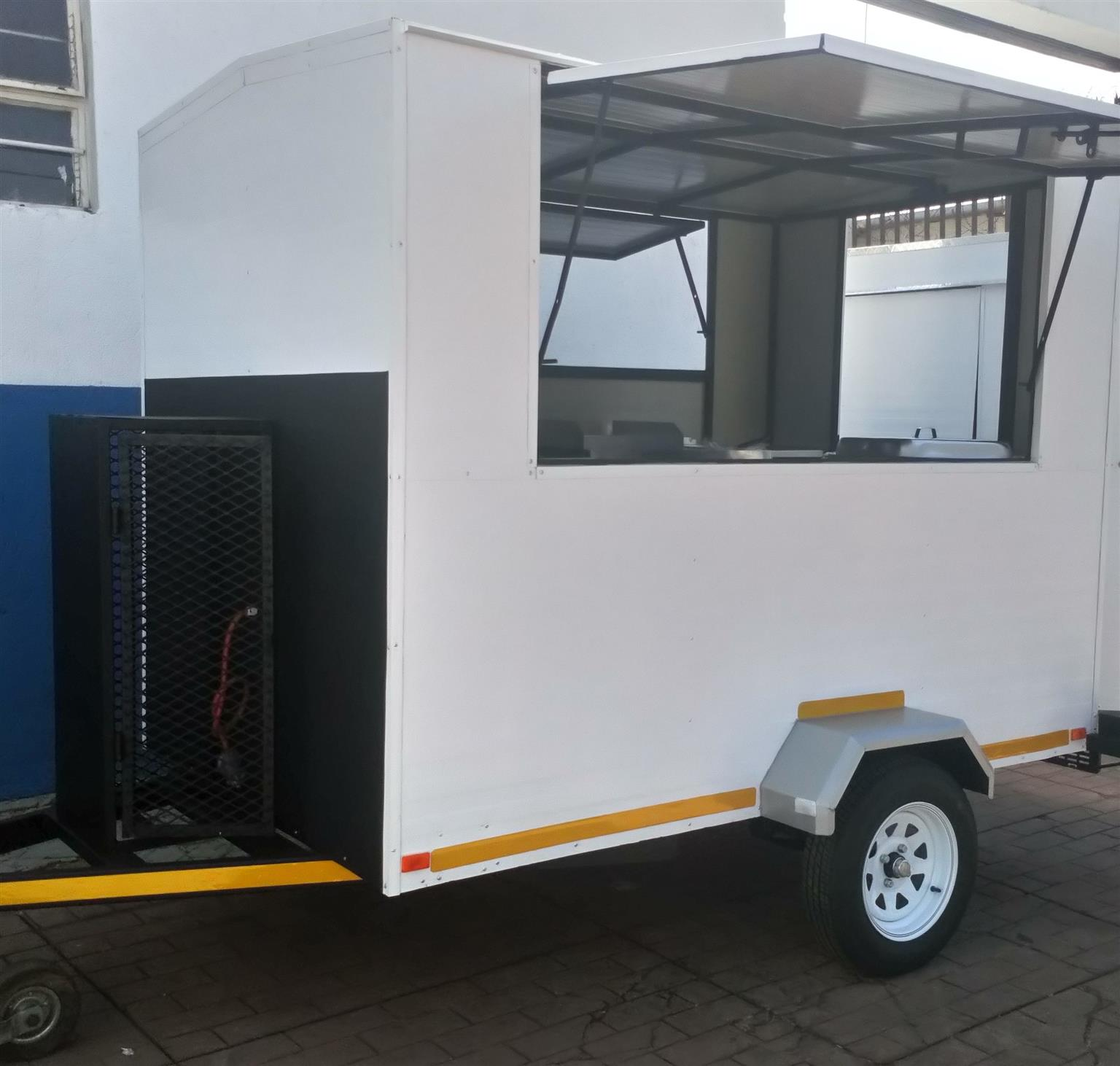 2 5m Mobile Kitchen For Sale Limited Edition Junk Mail