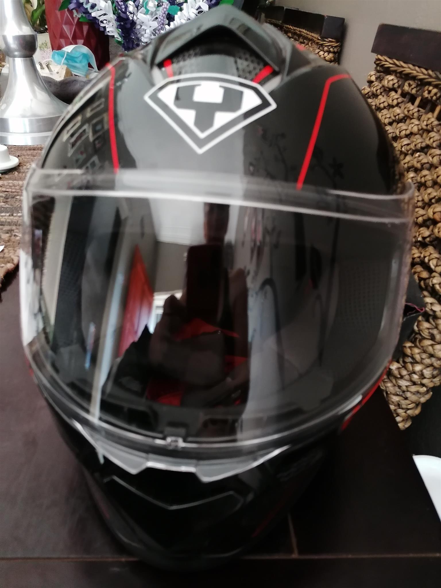 Red bike helmet - Size Small