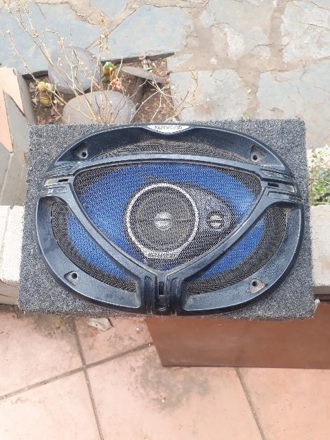 Car radio speakers and aplifier