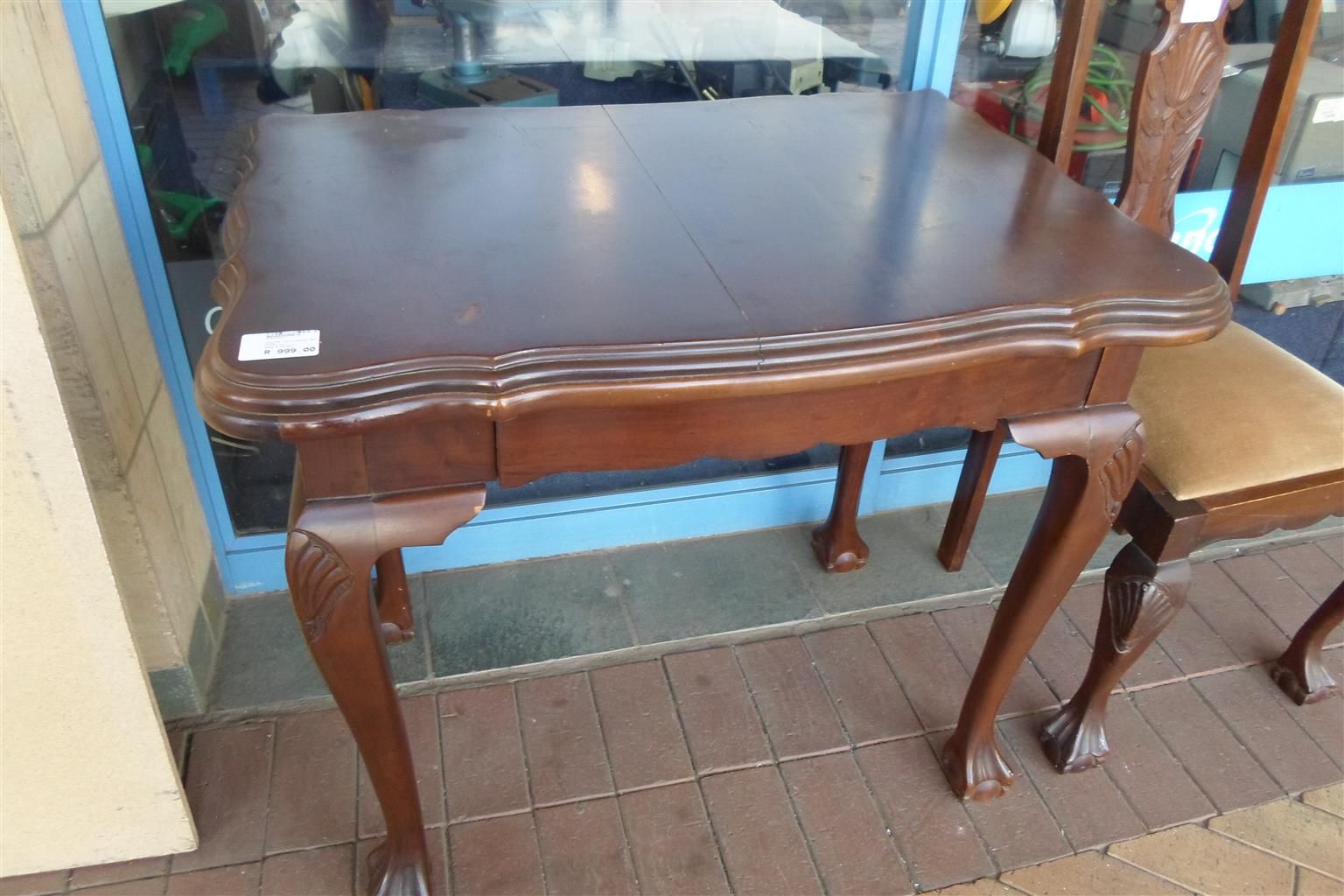 Wooden Ball & Claw Table - B033033359-4