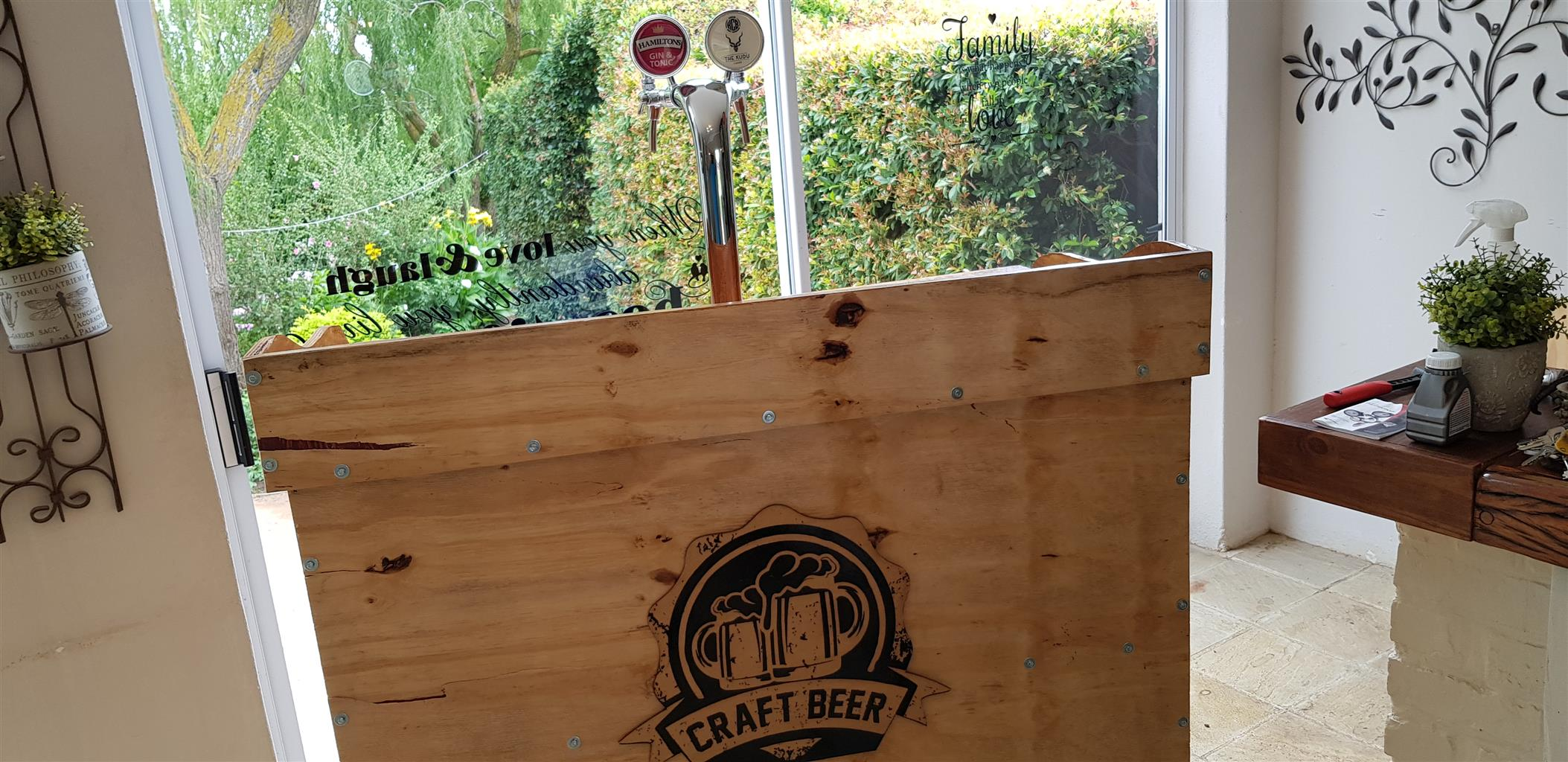 Beer and Gin on Tap Keg Mobile Bar for sale or to rent