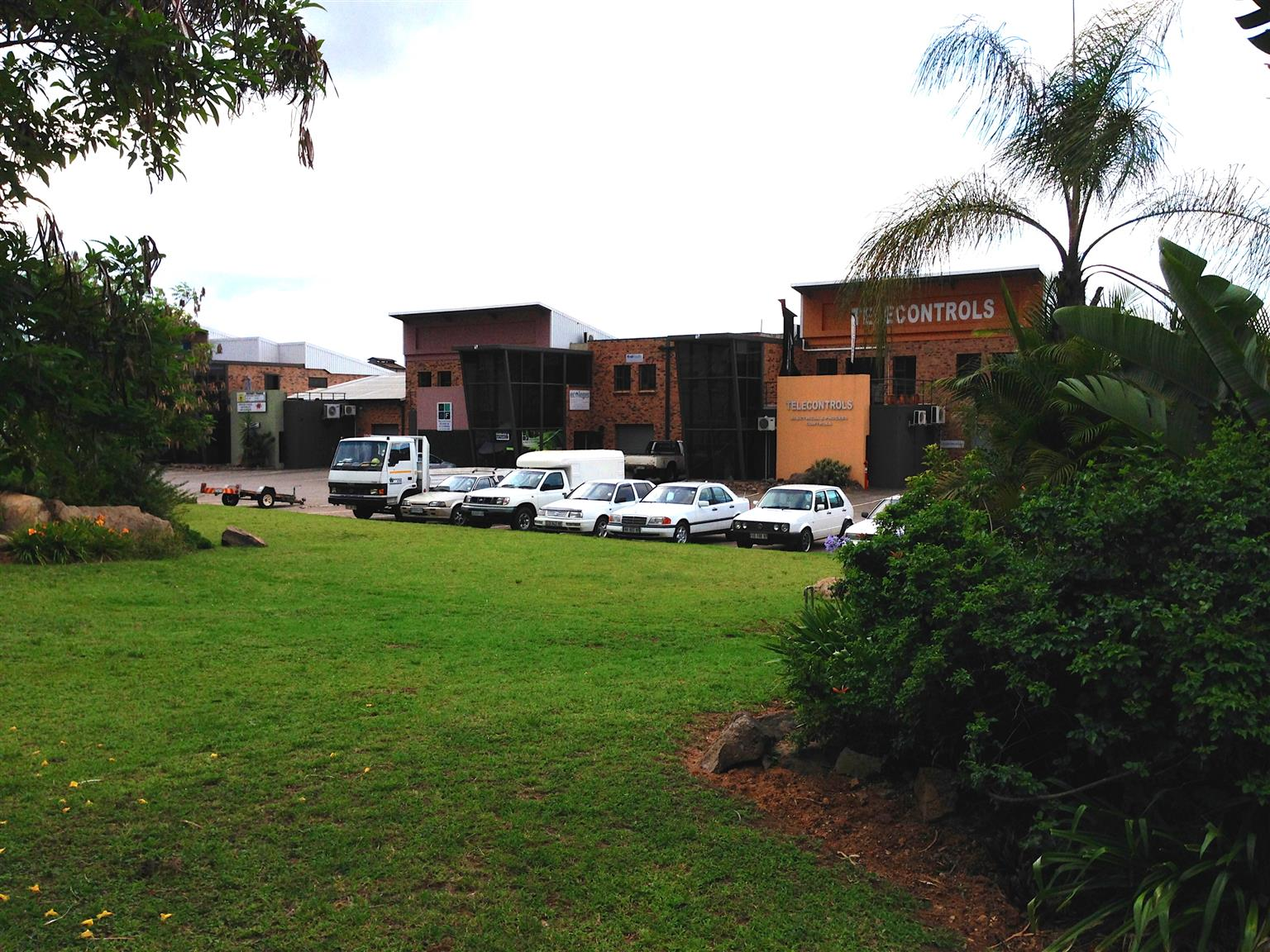 Central Park - Offices, Warehgousing and Factories to Rent
