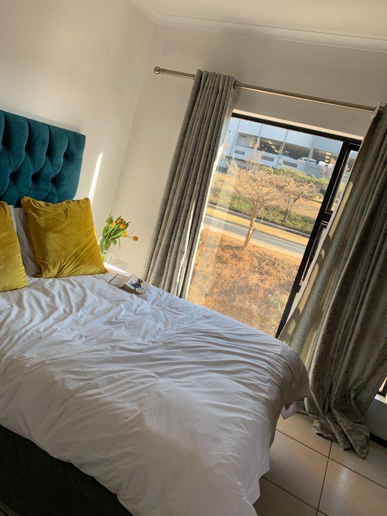 Apartment Rental Monthly in Greenstone Hill