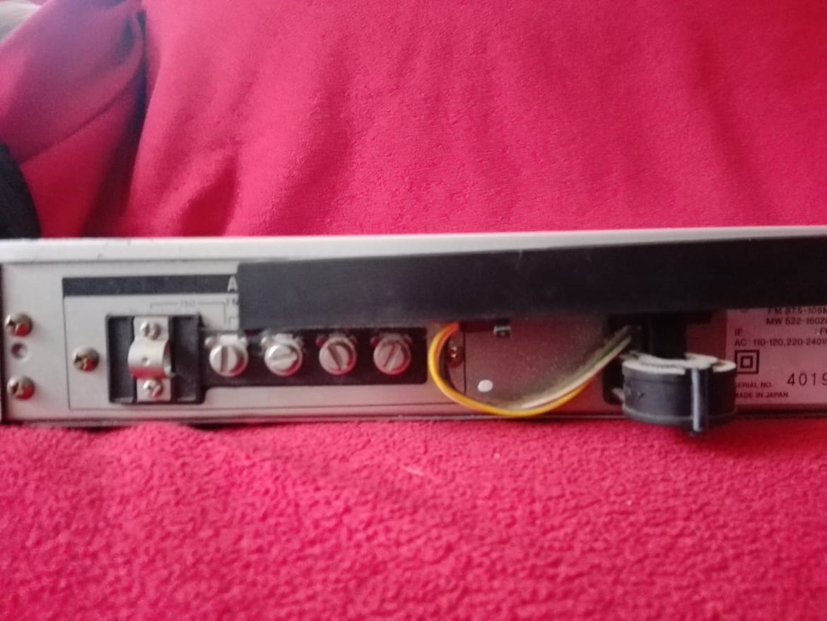 Sony FM AM Tuner ST-JS22s