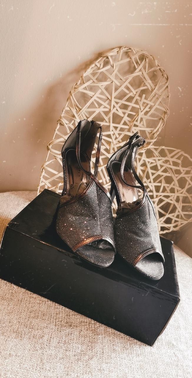 Solo Women's Heels