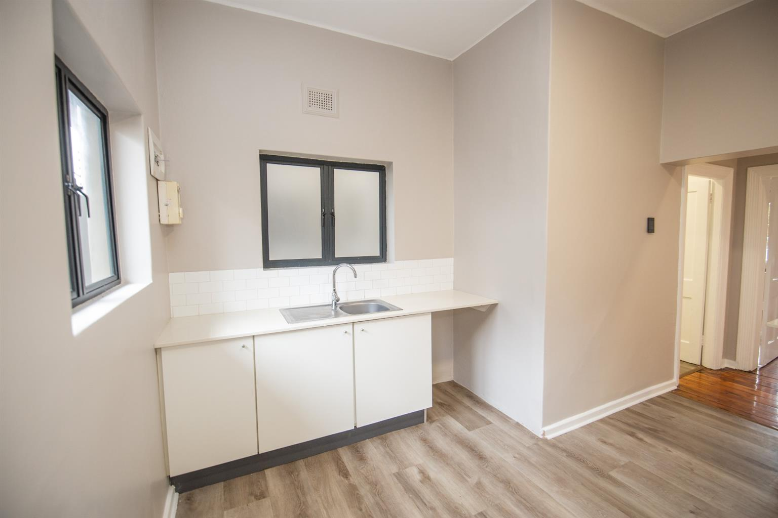 Apartment For Sale in Richmond Hill