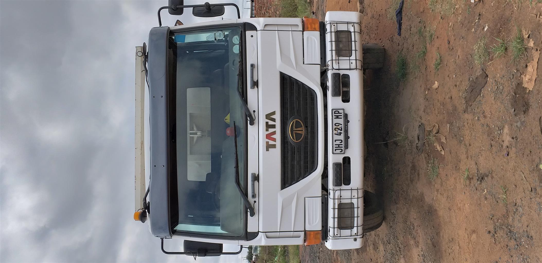 10cube tipper truck
