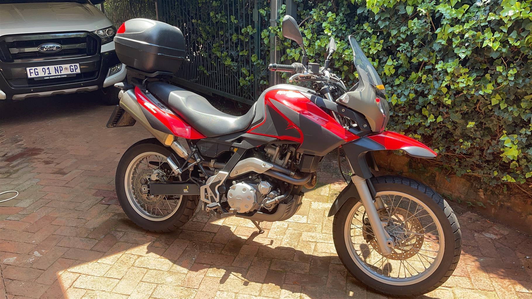 2009 Aprilia pegaso 650