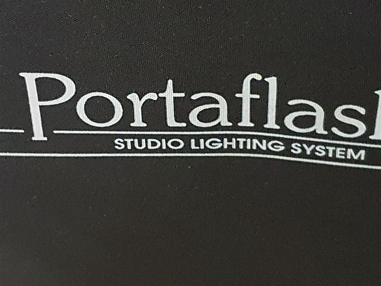 Studio flash lights