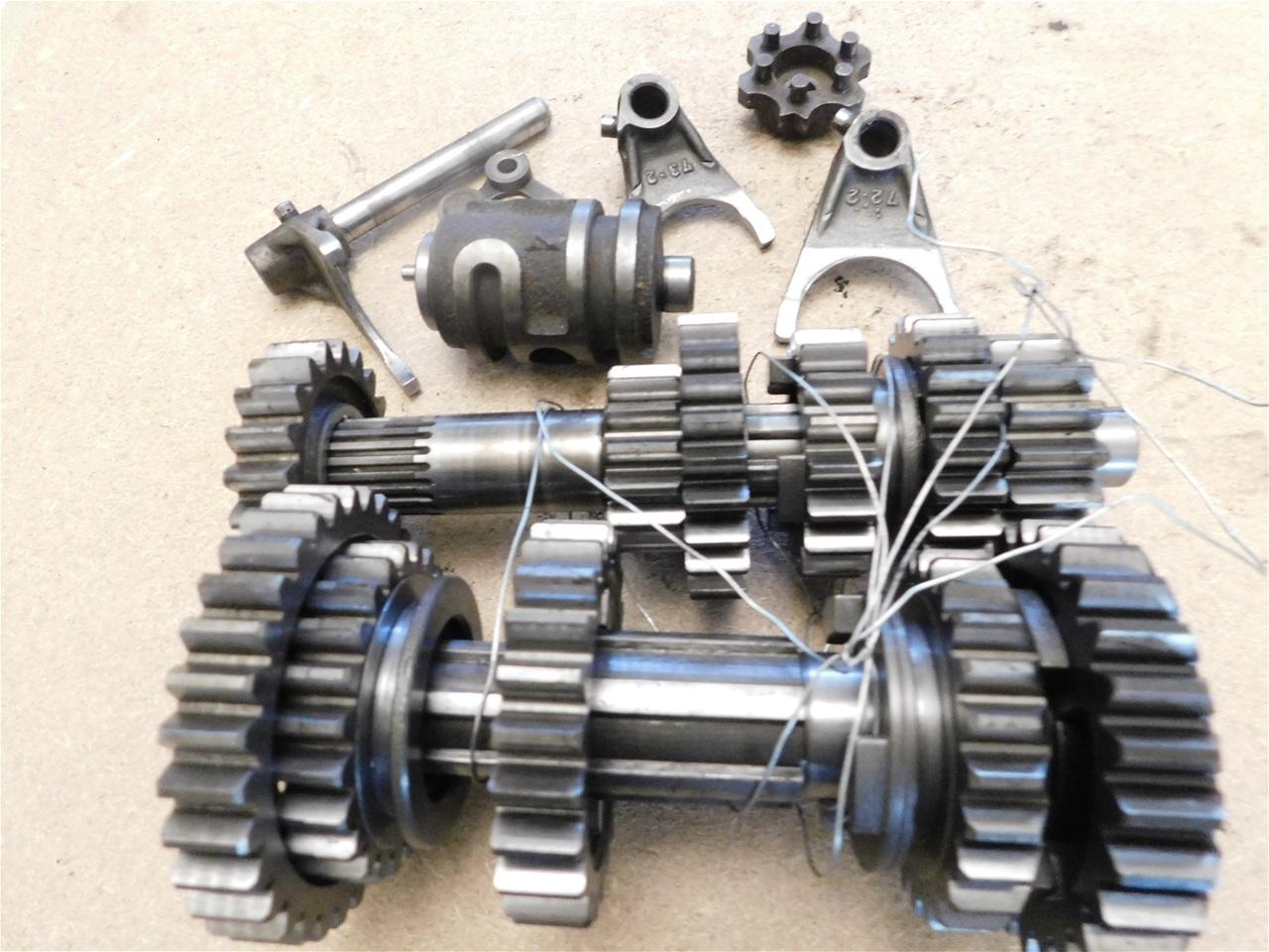 AA12.3 Kawasaki KX 250 Complete gearbox - R 1500