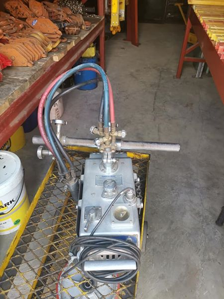 Straightline cutter oxy - acetylene with tracks.