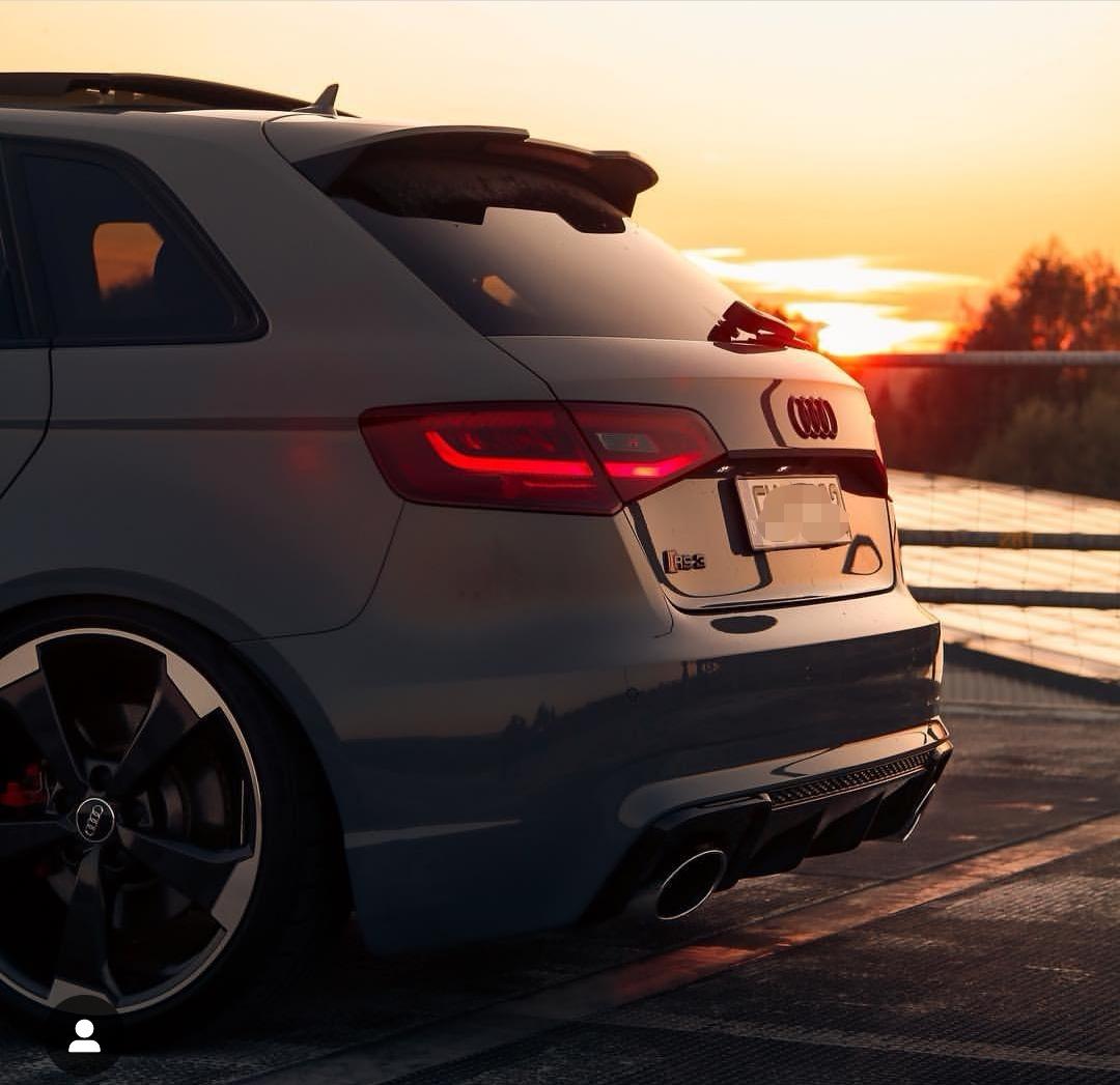 Audi VW Qualified Mobile Technician