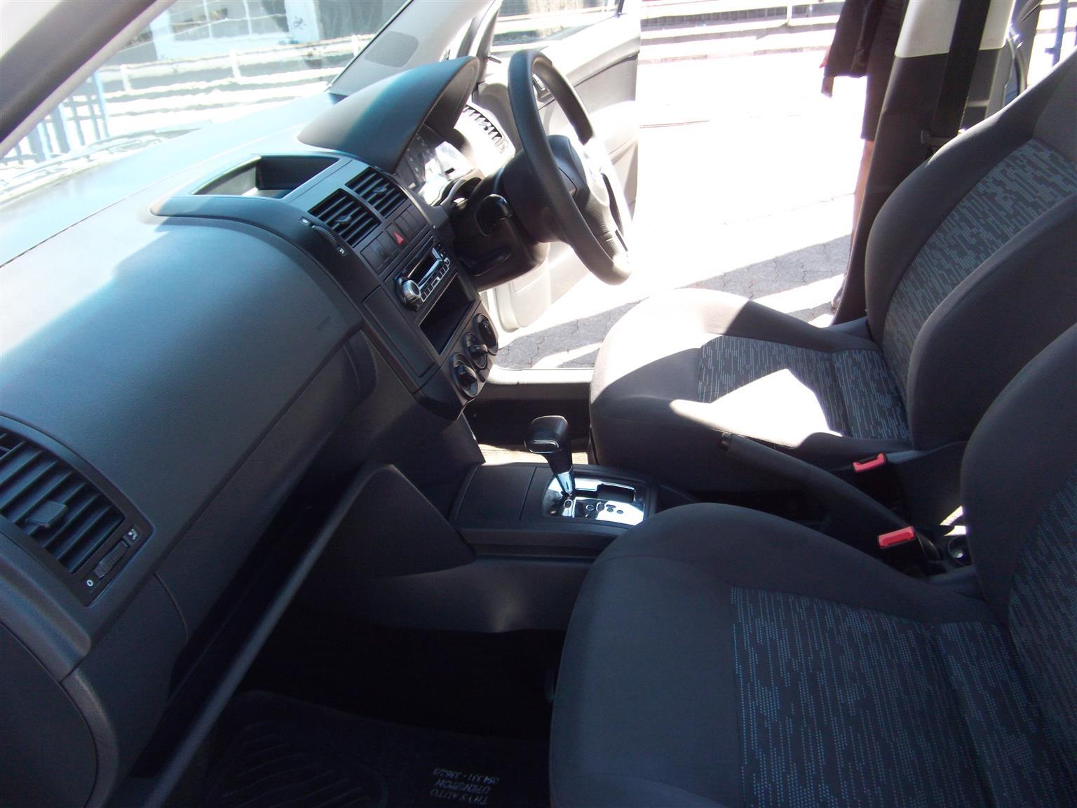2016 VW Polo sedan 1.6 Comfortline auto