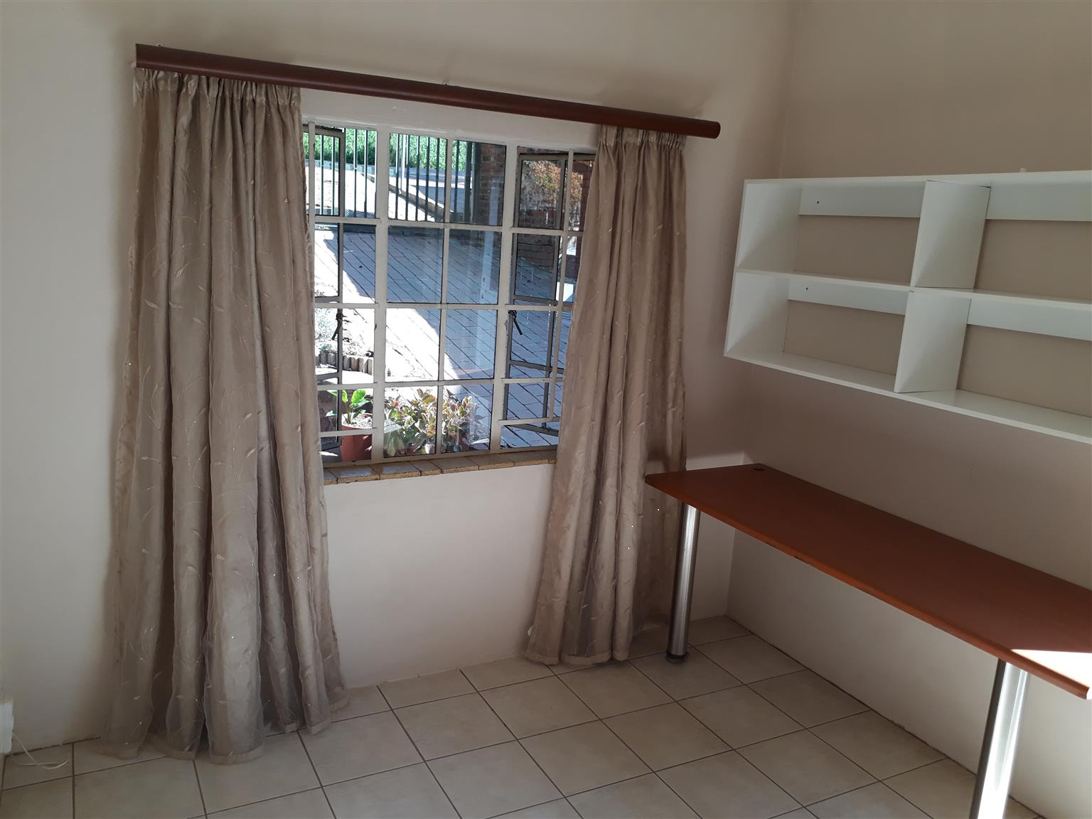 Groenkloof Student accomodation special offer