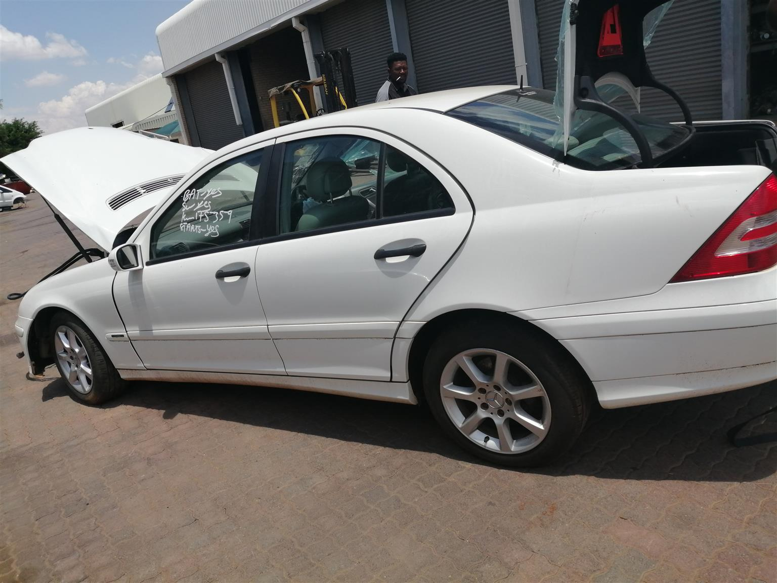 Stripping Mercedes W203  C180 For Spares