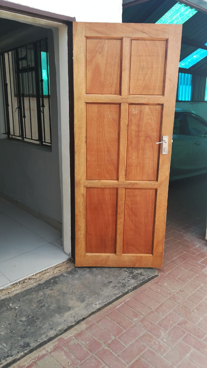 Room and garage available immediately in Zola North Soweto