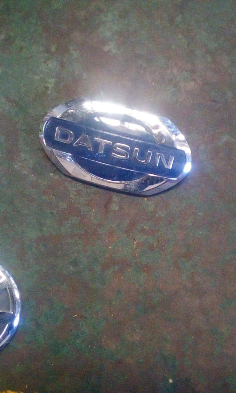 Datsun go badge