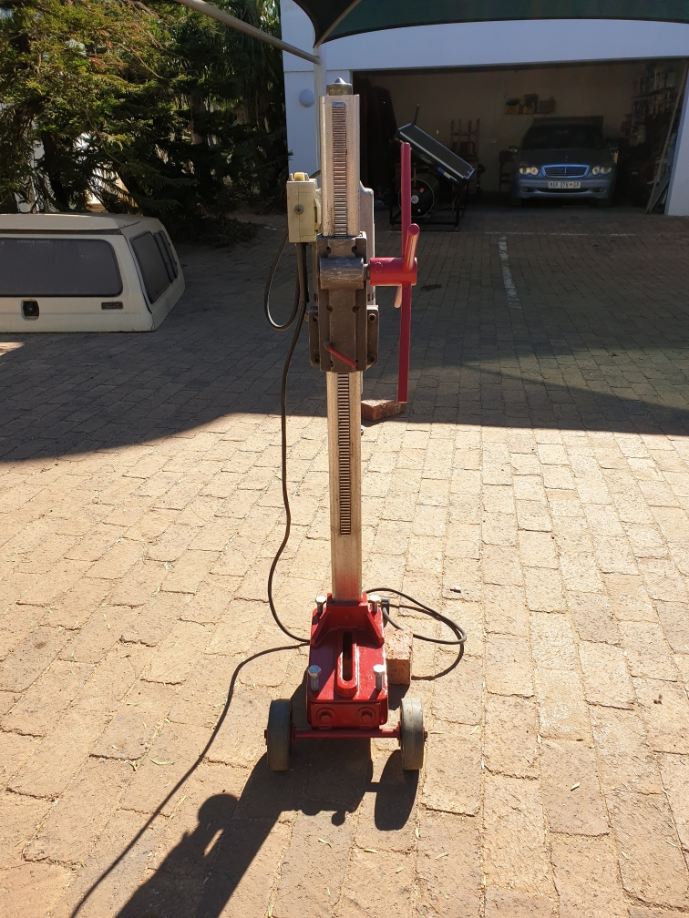 Concrete Core Drilling Machine (Milwaukee Dymodrill )
