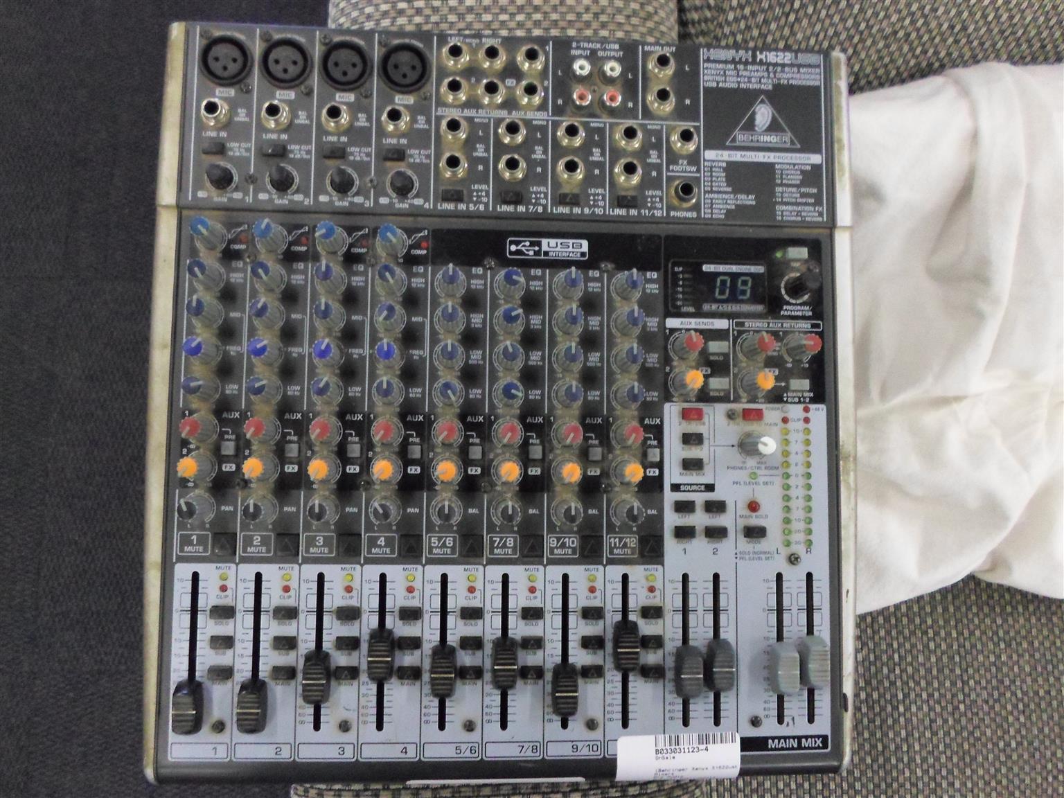 Behringer Xenyx X1622 Mixer