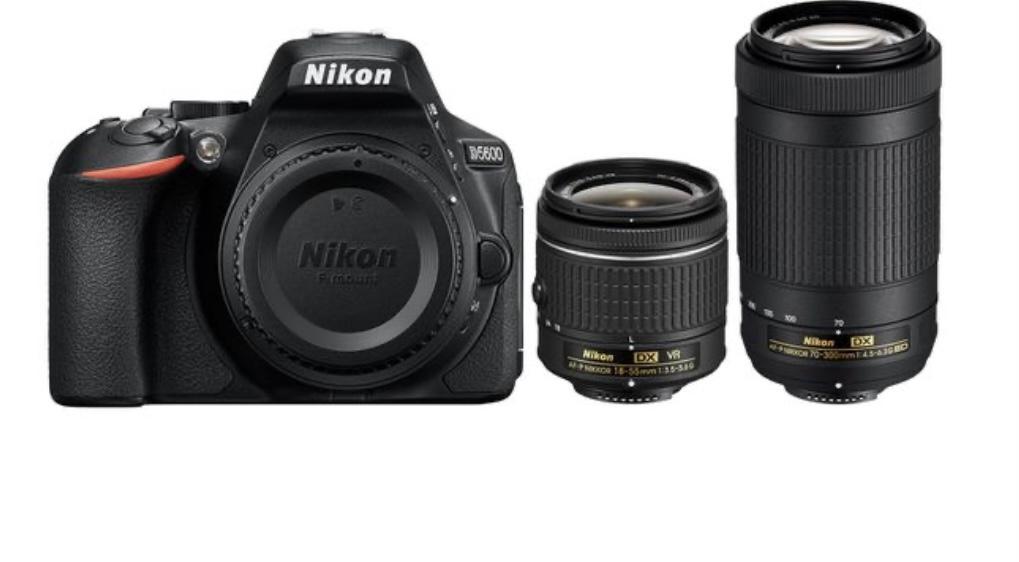 Nikon D5600 camera and lenses