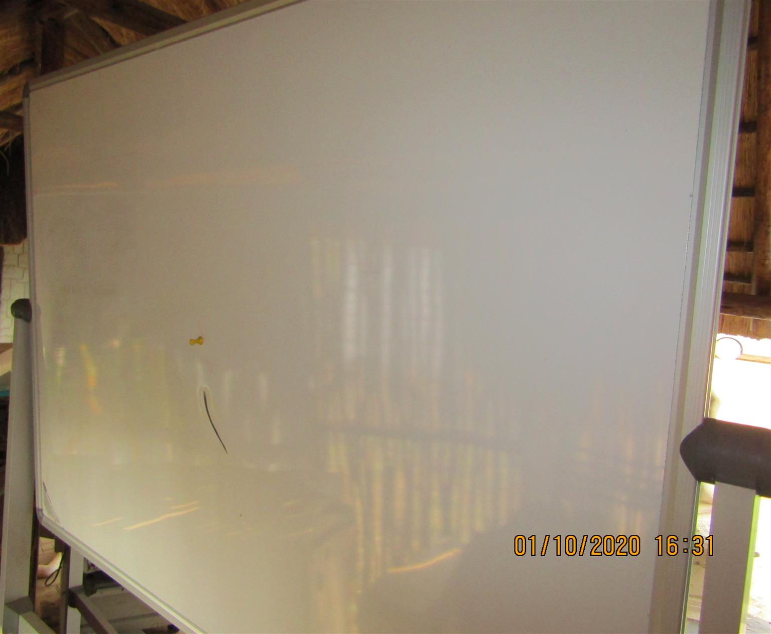 Whiteboard on coasters - 1.2m x 0.9m Double Sided Flip-Over