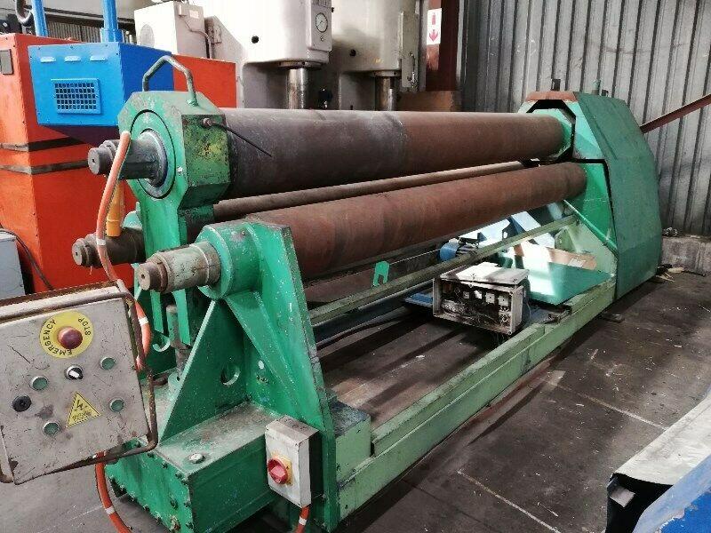 We Buy Used Machine Tools. Lathes, Press Brakes, Guillotine, Milling Machine, Eccentric Presses.