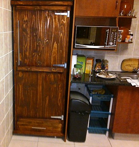 Kitchen Cupboard Farmhouse series Free standing 1900 with 1 door and drawer - Stained