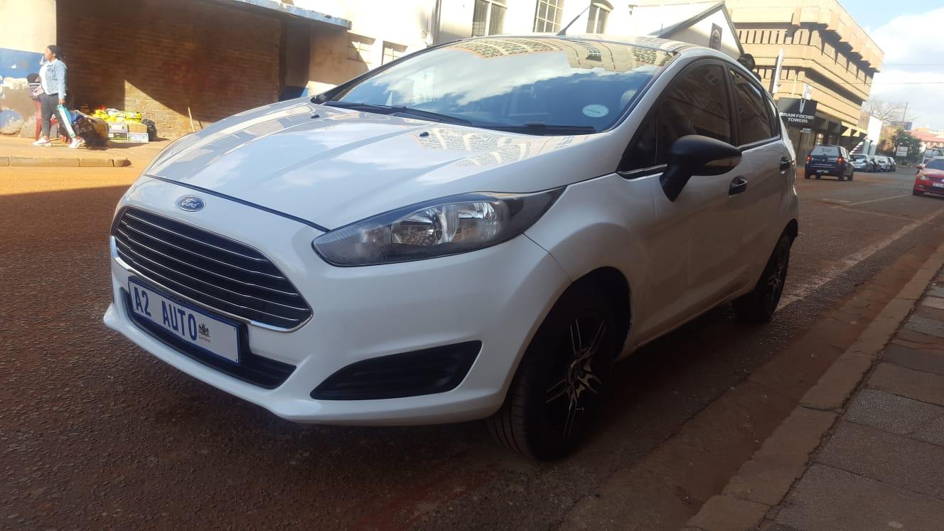 2014 Ford Fiesta 1.4 Trend 5-door for sale!