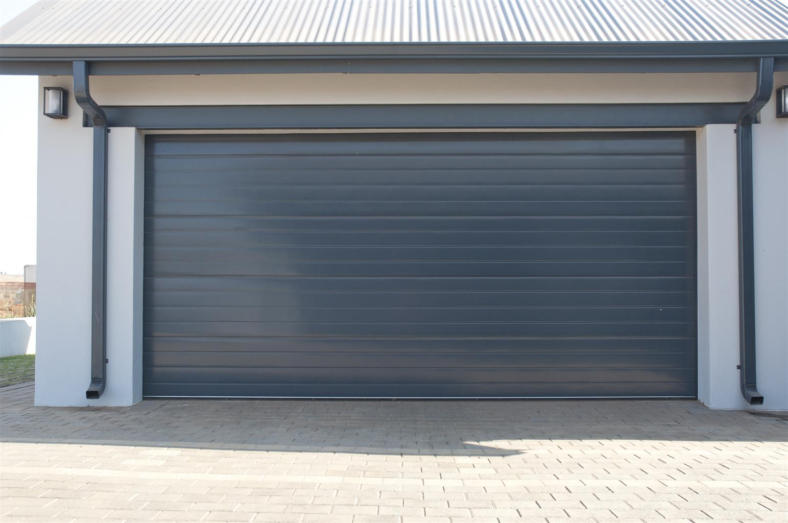 Insulated steel garage doors in Roodepoort
