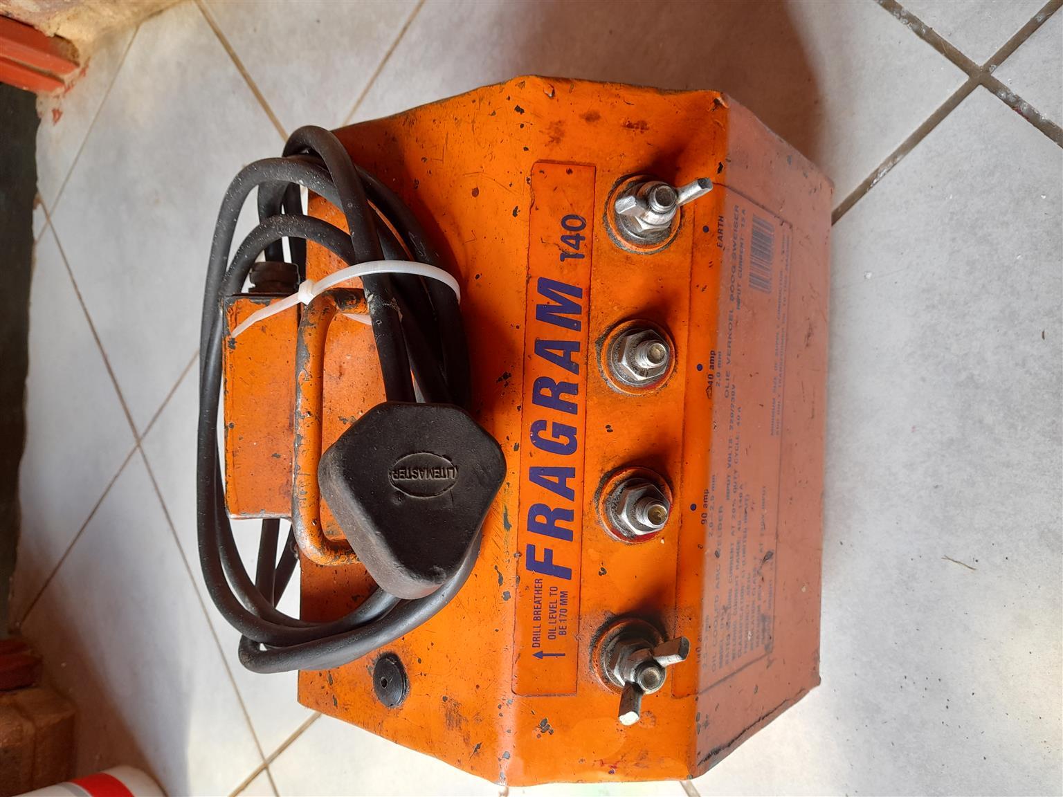 Fragram welding machine