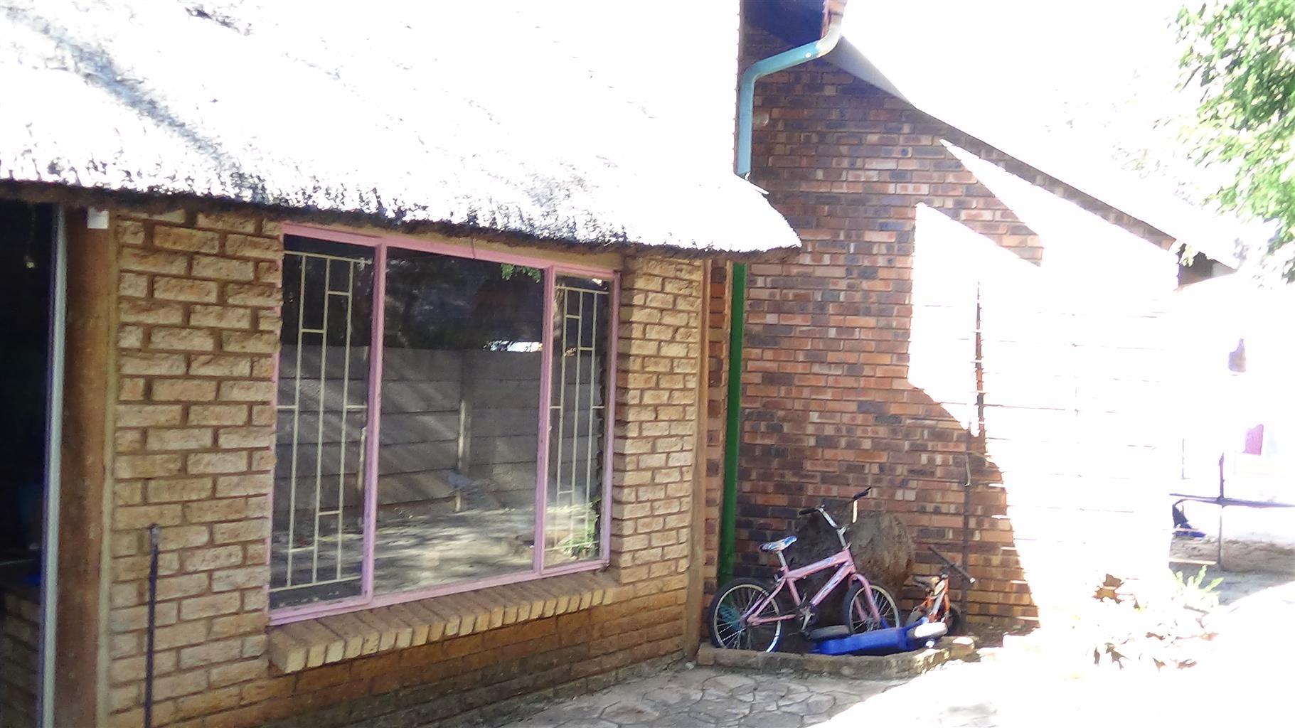 3 Bedroom House (Duet) in Doornpoort – R900 000