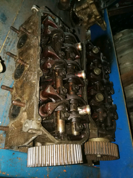 Mitsubishi Pajero 3.0 24v cylinder heads