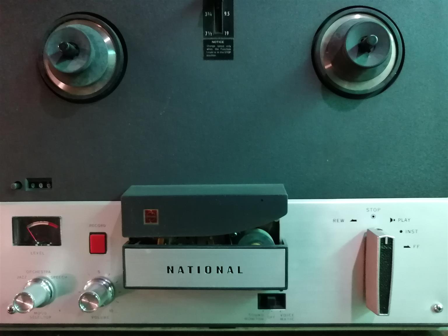 National RQ-706S Reel to Reel tape recorder