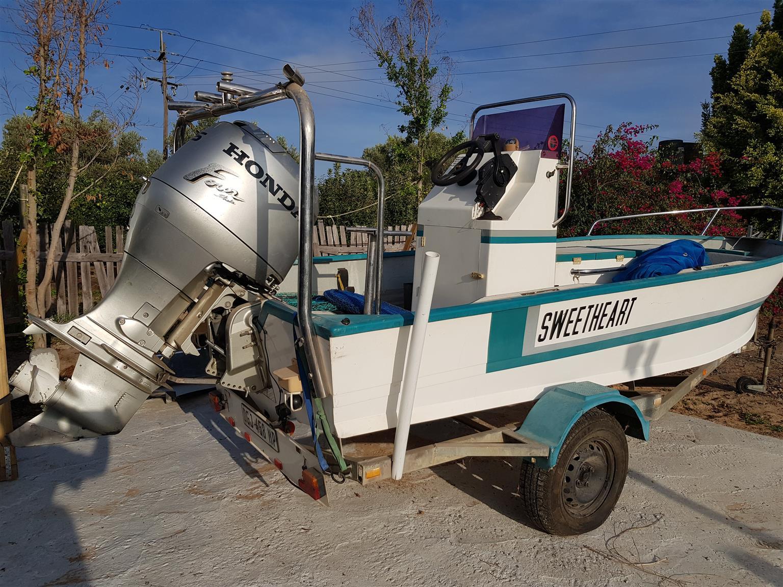 Ski-Vee Fishing boat