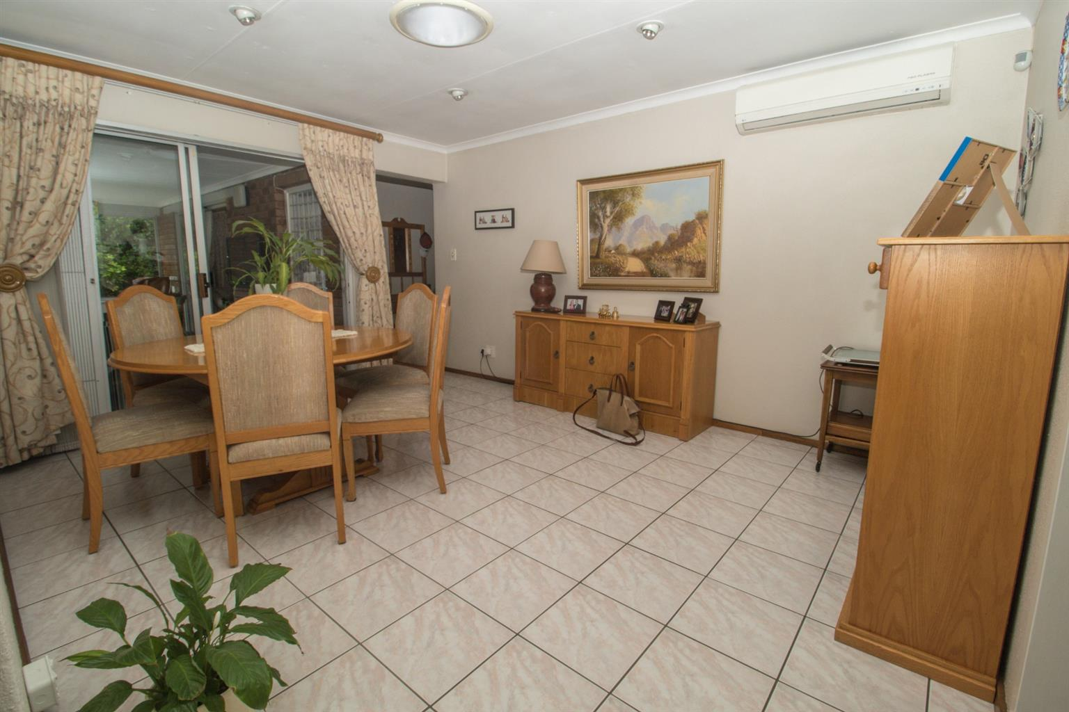 House For Sale in Dowerglen Ext 3