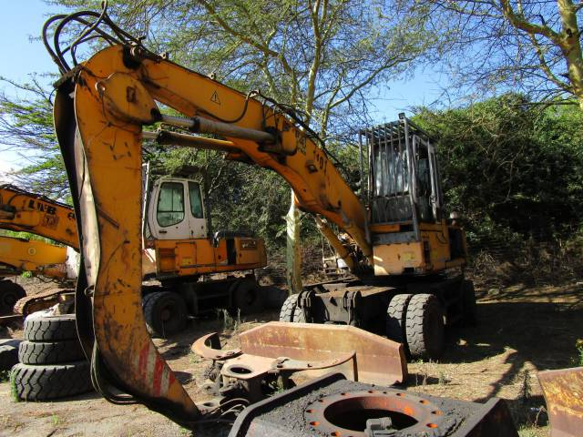 Liebherr A924 B-HD Litronic, Wheeled Excavator with Log Grab- ON AUCTION