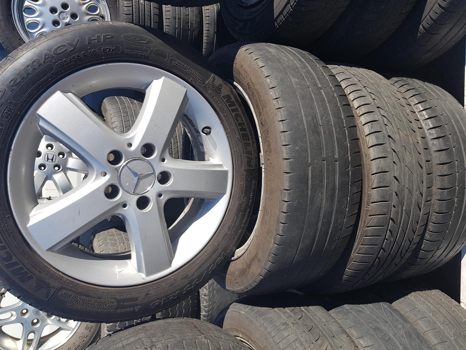 Mercedes mag rims and tyres 195.55R16