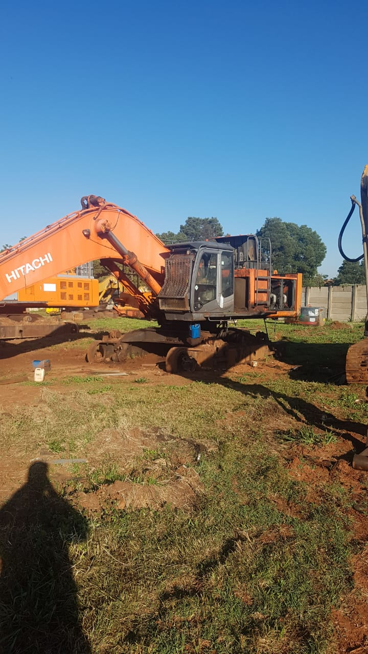 Stripping a Hitachi ZX670 for spares